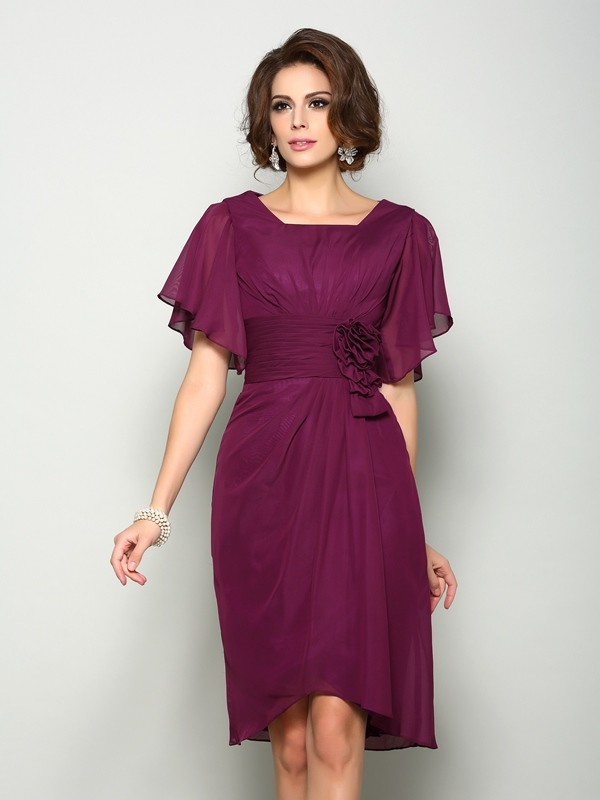A-Line/Princess Short Sleeves Square Chiffon Knee-Length Hand-Made Flower Mother of the Bride Dresses