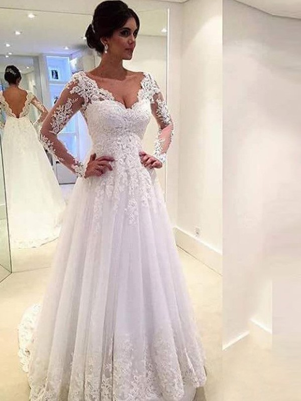 Ball Gown V-neck Long Sleeves Lace Sweep/Brush Train Tulle Wedding Dresses