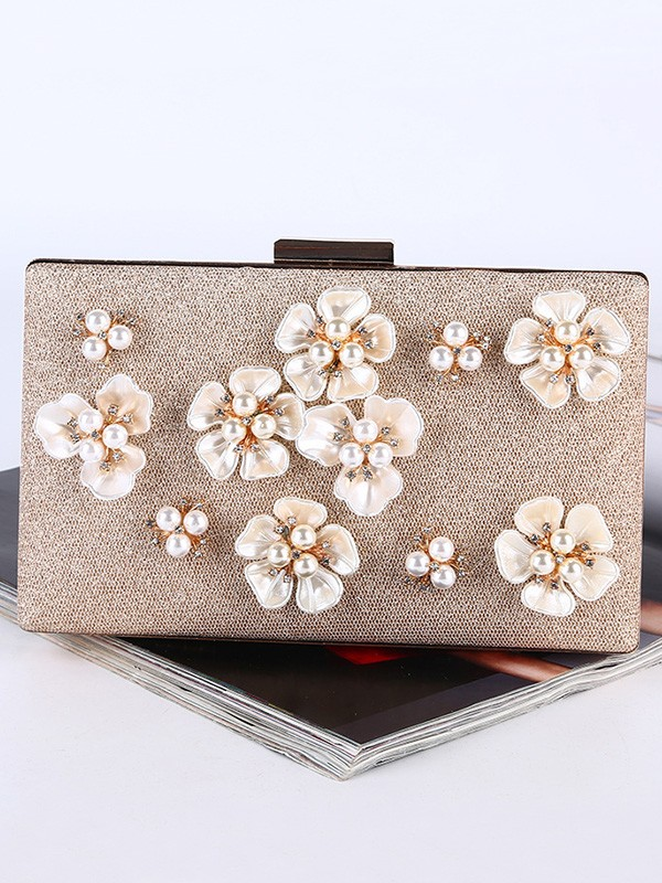 Pearl Weding/Party Purse With 3D Flowers