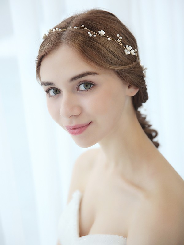 Elegant Pearls Bridal Headpieces