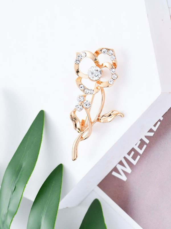 Graceful Alloy With Rhinestone Womens Brooch