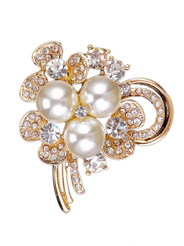 Chic Alloy With Rhinestone/Imitation Pearl Womens Brooch