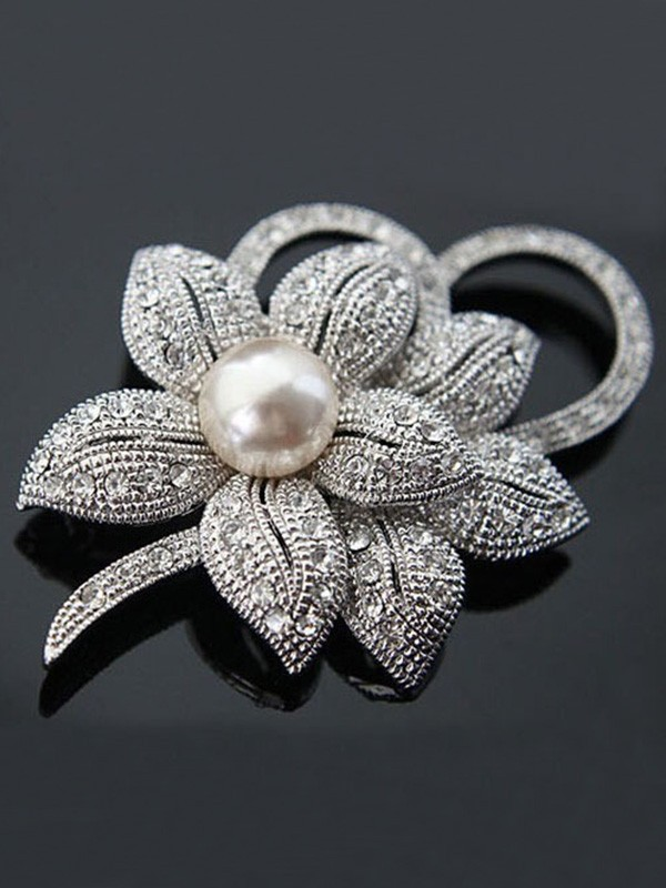 Fancy Alloy With Crystal/Imitation Pearl Womens Brooch