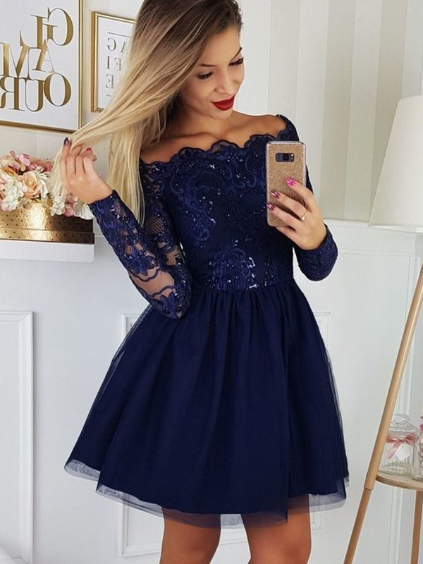 A-Line/Princess Tulle Off-the-Shoulder Long Sleeves Applique Short/Mini Dresses