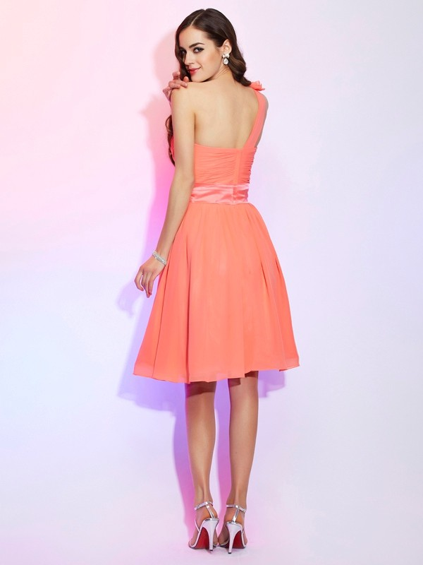 A-Line/Princess One-Shoulder Sleeveless Hand-Made Flower Short Chiffon Bridesmaid Dresses