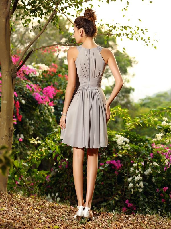 A-Line/Princess Scoop Hand-Made Flower Sleeveless Short Chiffon Bridesmaid Dresses