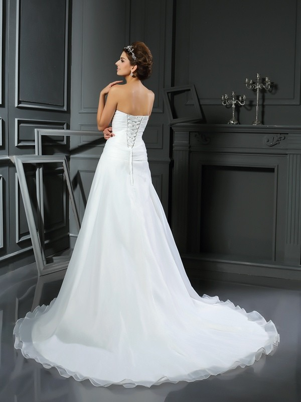 A-Line/Princess Sweetheart Ruched Sleeveless Long Satin Wedding Dresses