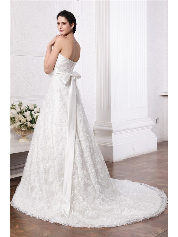 A-Line/Princess Sweetheart Sleeveless Sash Long Lace Wedding Dresses