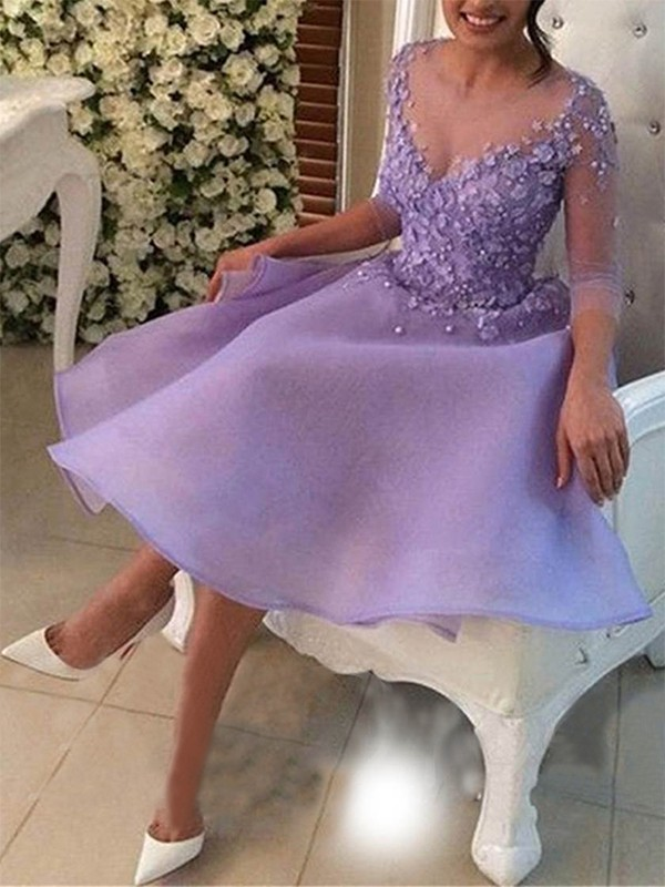 A-Line/Princess Knee-Length 3/4 Sleeves Organza V-neck Applique Dresses