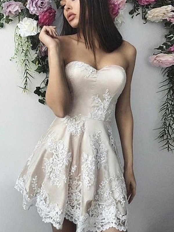 A-Line/Princess Lace Sweetheart Sleeveless Applique Short/Mini Dresses
