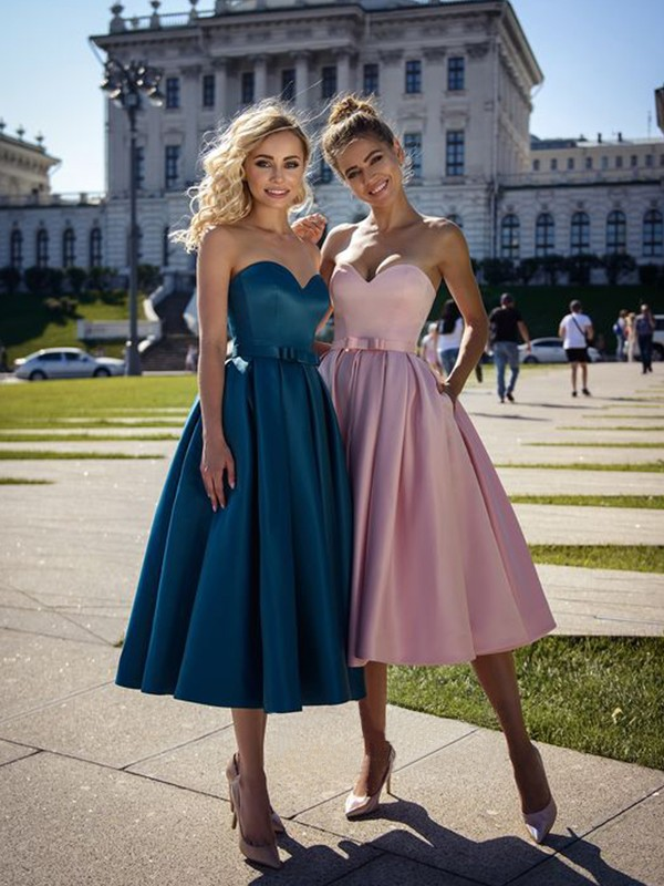 A-Line/Princess Satin Sweetheart Sleeveless Bowknot Tea-Length Dresses
