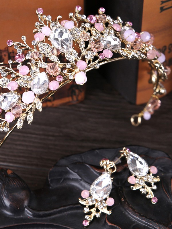 Unique Crystal Wedding Headpieces